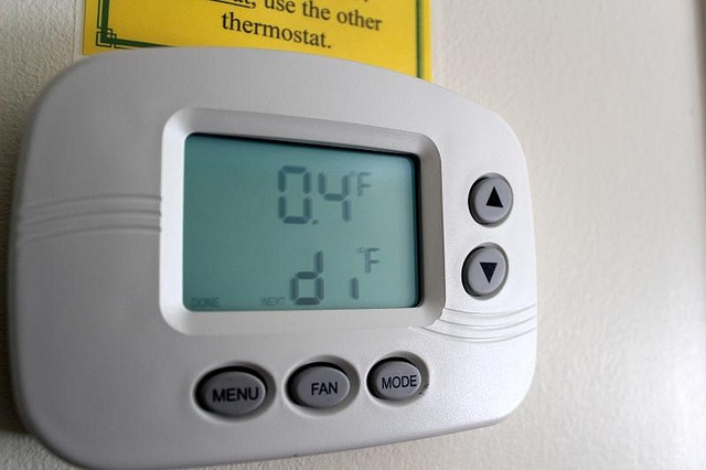 Hysteresis Thermostat